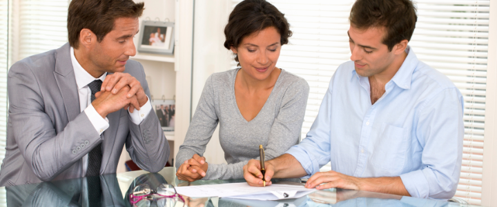 7 Reasons Hiring a Real Estate Agent is Better Than Selling Your Property by Yourself